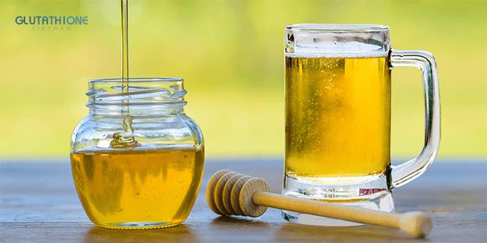 Mật ong và bia là công thức làm trắng da cực kỳ an toàn