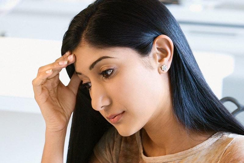 Stress, căng thẳng kéo dài cũng là nguyên nhân gây nám da