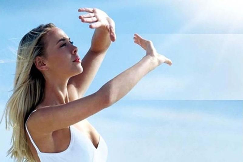 Tiếp xúc nhiều với ánh sáng mặt trời là nguyên nhân gây nám mảng