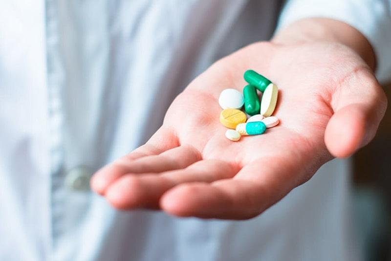 Tác dụng phụ của thuốc cũng là nguyên nhân gây nám mảng
