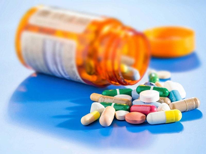 Nám da do tác dụng phụ của thuốc