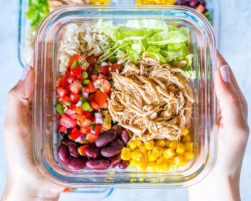 Bổ sung các loại thực phẩm tốt cho da mụn vào thực đơn hàng ngày