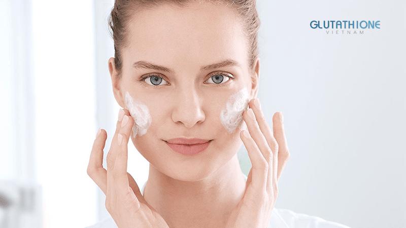 5 Thói quen để chăm sóc da mụn hiệu quả tại nhà