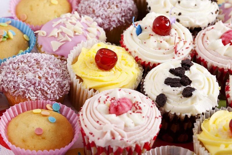 Thực phẩm chứa nhiều đường là kẻ thù của da mụn