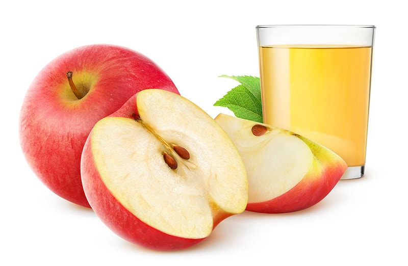 Nước táo làm sạch da, ngăn ngừa mụn