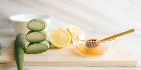 Cách làm trắng da bằng nha đam, chanh, mật ong