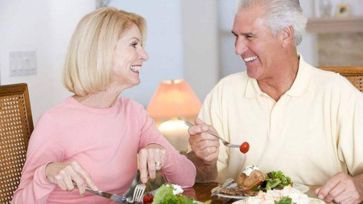 Những lưu ý sức khỏe đối với người cao tuổi