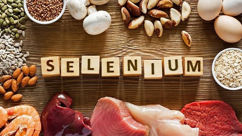 Thêm thực phẩm giàu selen vào chế độ ăn uống của bạn để tăng mức độ Glutathione trong cơ thể