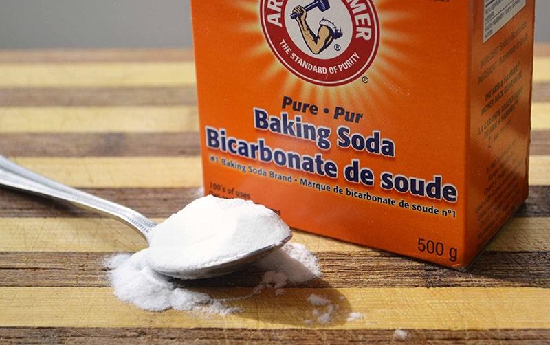 Làm trắng răng bằng baking soda có hiệu quả không?